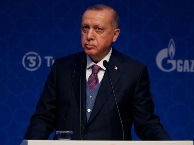 Erdogan: Turecko zastaví porušovanie prímeria v Idlibe sýrskou vládou