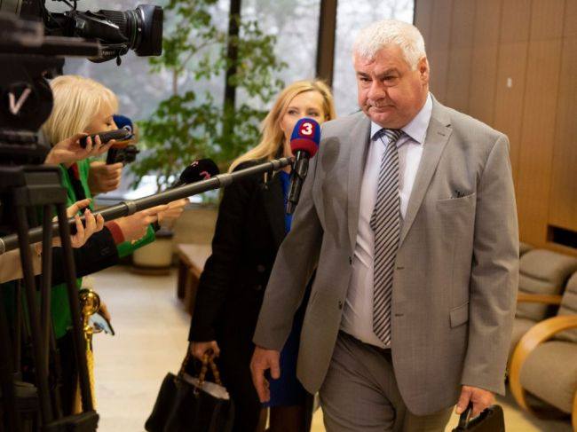 Érsek: Do konca januára by mala byť vyhlásená súťaž na D1 s tunelom Višňové