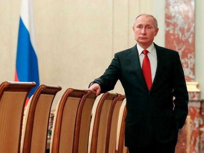 Putin navrhol za premiéra Michaila Mišustina
