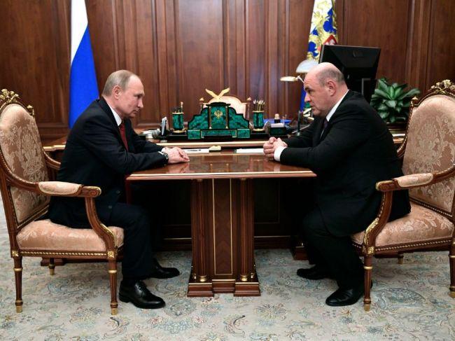 Rusko má nového premiéra, Štátna duma schválila návrh prezidenta Vladimira Putina