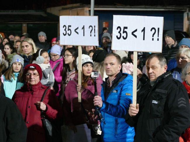 V najväčšej škole v Martine vstúpilo do štrajku vyše 30 zamestnancov