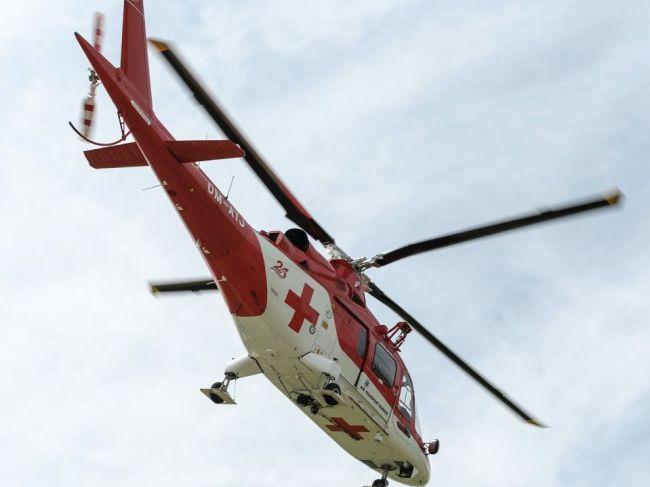 Horolezca po páde z hrebeňa Slavkovského štítu zachraňoval vrtuľník