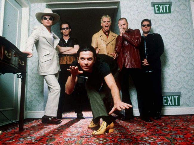 Bývalý frontman kapely INXS Michael Hutchence by mal 60 rokov