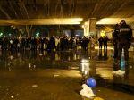Francúzsko začalo likvidovať utečenecký tábor na severe Paríža