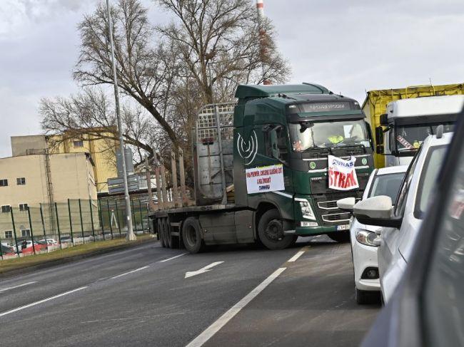 Únia autodopravcov Slovenska má zákaz zhromaždenia v Ružomberku
