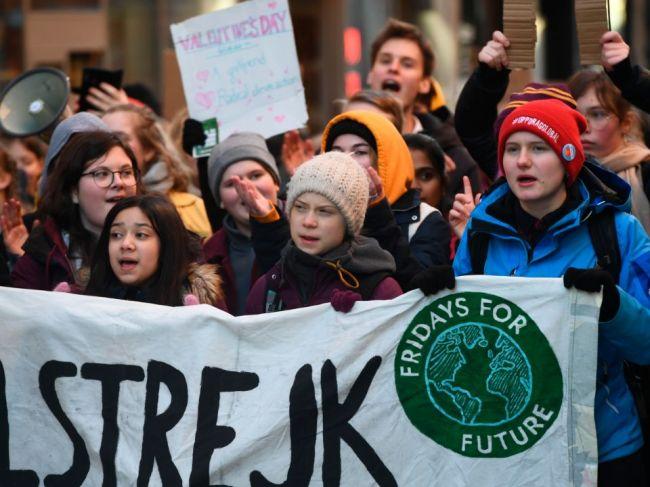 Thunbergová opäť protestovala v Štokholme, apelovala aj na staršie generácie