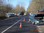 FOTO: 14-ročný mladík s BMW narazil do auta dôchodcu