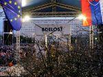 Na bratislavskom Námestí SNP si zavraždenú dvojicu pripomenuli viacerí politici