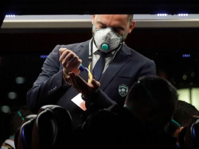 Občania Slovenska by mali zvážiť cestovanie do krajín s výskytom koronavírusu