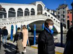 V Taliansku si koronavírus vyžiadal už 21 obetí, nakazených je 821 ľudí
