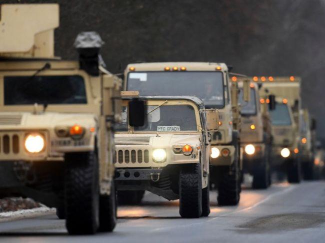 V noci sa bude cez SR presúvať vojenský konvoj komunikačnej jednotky NATO