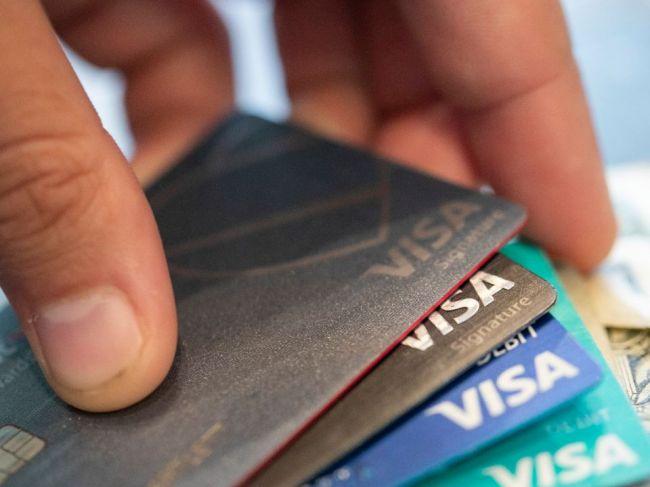 Limit pre bezkontaktné platby by sa mal zvýšiť