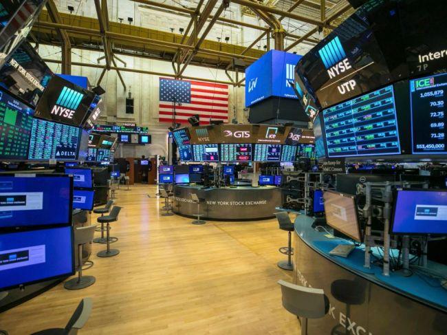Wall Street v stredu pokračovala v zotavovaní, Dow Jones vzrástol o vyše 2 %