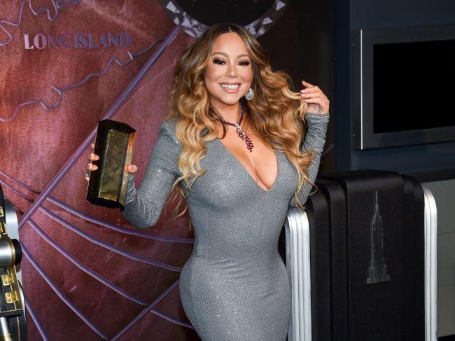 Americká speváčka Mariah Carey oslávi 50. narodeniny