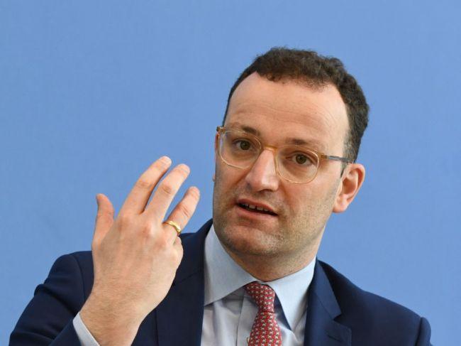 Nemecký minister zdravotníctva: Koronavírusová kríza ešte nedosiahla svoj vrchol