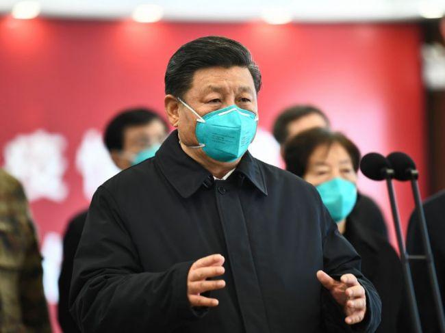 Si Ťin-pching: Čína a USA sa musia spojiť v boji s koronavírusom