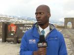 Video:Reportér musel zobrať nohy na plecia,Yellowstonský národný park ho za toto pochválil