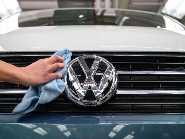 Pandémia môže zlikvidovať v nemeckom automobilovom sektore vyše 100.000 miest