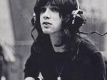 Autor hitu I Love Rock and Roll podľahol novému koronavírusu