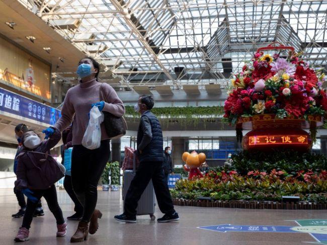Čína rozdáva ľuďom digitálne kupóny, chce podporiť spotrebu po koronavíruse