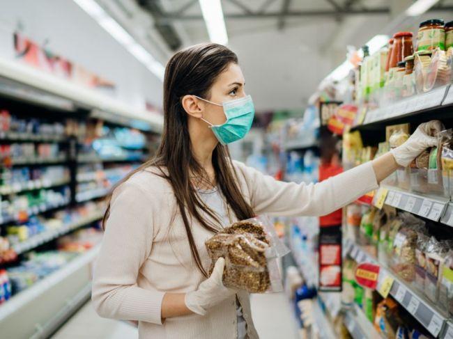 18 vecí, ktorým by ste sa v obchode počas pandémie mali vyhnúť