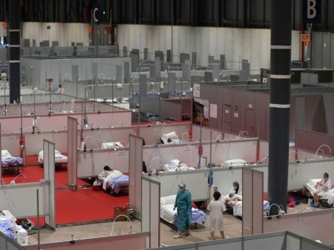Počet obetí nového koronavírusu v Španielsku stúpol o 743