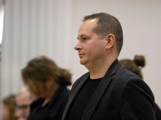 Štefana Mlynarčíka, ktorý sledoval Jána Kuciaka, vyhodili z Policajného zboru