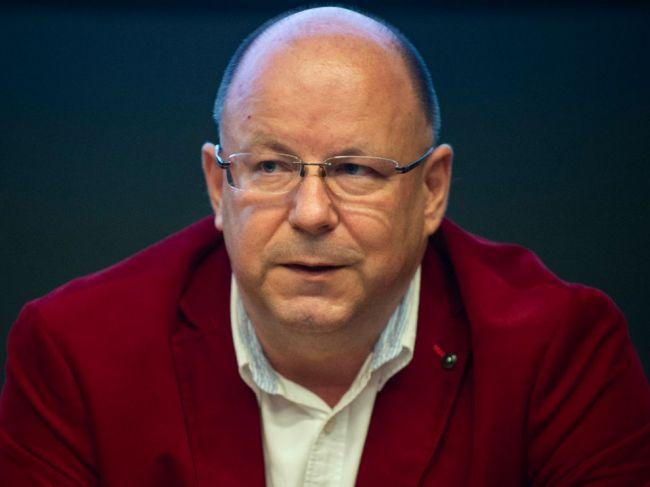 Výbor zaviazal Rezníka prehodnotiť vysielanie investigatívy v RTVS
