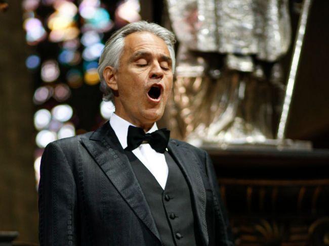 Andrea Bocelli vytvoril veľkonočným koncertom rekord na YouTube