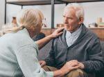 Príznaky demencie: Týchto 9 znakov pri rozprávaní ju prezradí