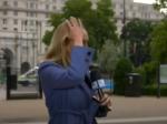 Video: Reportérka kričala o život, napadli ju počas živého prenosu