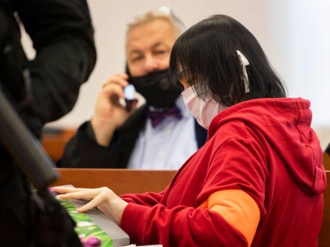 Lipšic považuje výpoveď Aleny Zsuzsovej za účelovú, ona mu odmietla odpovedať