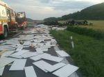 Tragická dopravná nehoda: Kamión sa prevrátil na strechu