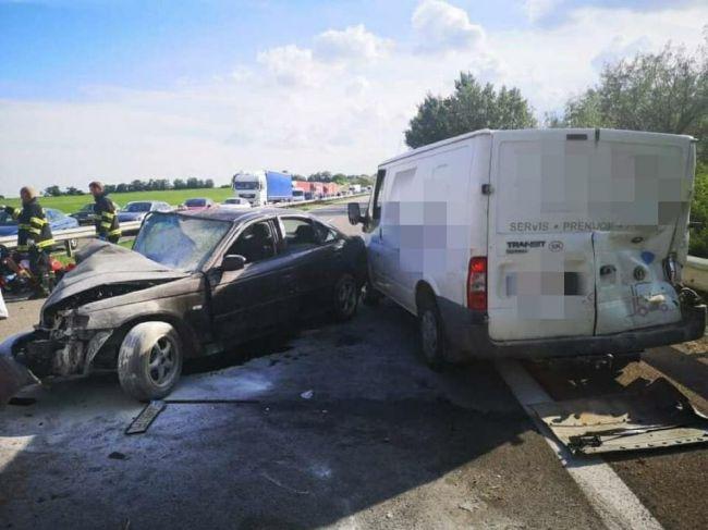 Tragická nehoda na R1: Na mieste zasahujú všetky záchranné zložky