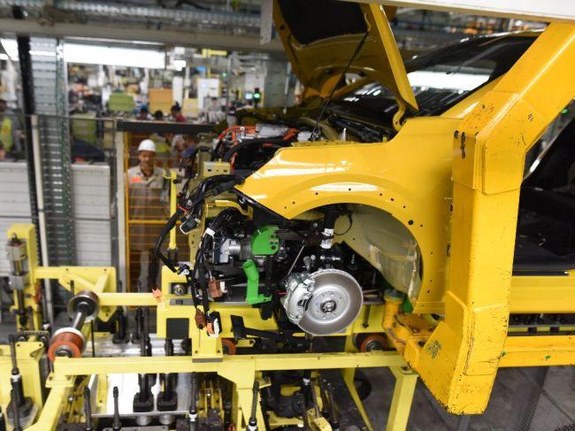 Predaj automobilov v Európe klesne tento rok podľa VDA o zhruba 25 %