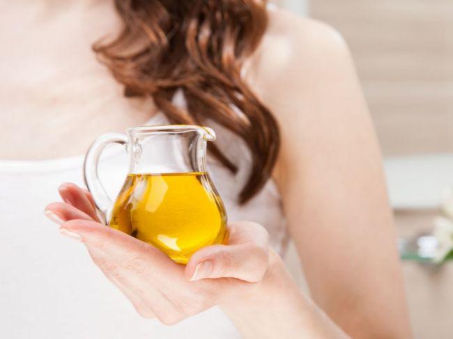 6 prírodných olejov, ktoré najúčinnejšie bojujú proti vráskam