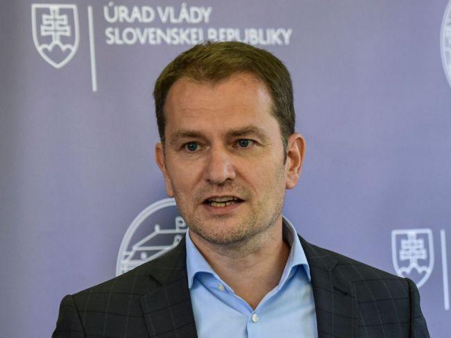 Premiér: Bolo by mi ľúto, ak by sme Gröhlinga stratili ako ministra školstva