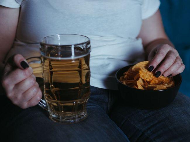 Čo sa deje s vaším telom, keď pijete alkohol na prázdny žalúdok
