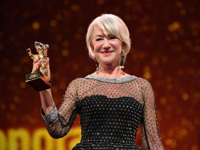 Večne mladá britská herečka Helen Mirrenová bude mať 75 rokov