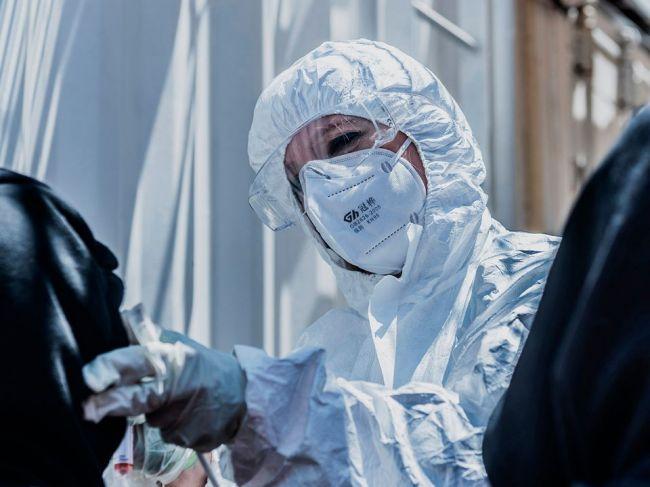 """Prípadov nákazy koronavírusom je viac, ako sa očakávalo. Vedci opisujú """"tiché infekcie"""""""