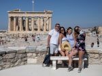 Turisti sa pred príchodom do Grécka musia registrovať, inak hrozí pokuta