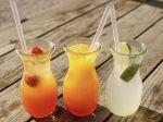 Horúčavy majú trvať niekoľko dní, netreba zabúdať na pitný režim