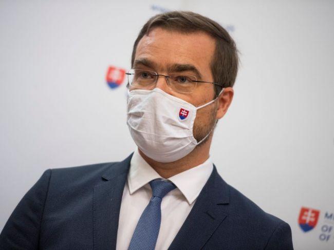 Na Slovensku je druhá vlna pandémie nového koronavírusu, potvrdil Krajčí