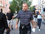 Spevák Rastislav Rogel s 2 členmi extrémistickej skupiny nejdú do väzby
