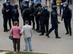 Bielorusko sa rozhodlo prepustiť na slobodu tisíce ďalších zadržaných osôb