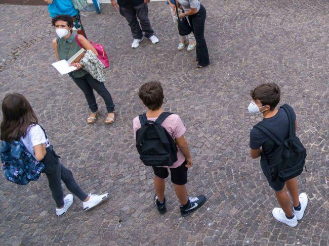 Nový koronavírus potvrdili u ďalších troch žiakov Gymnázia v Partizánskom