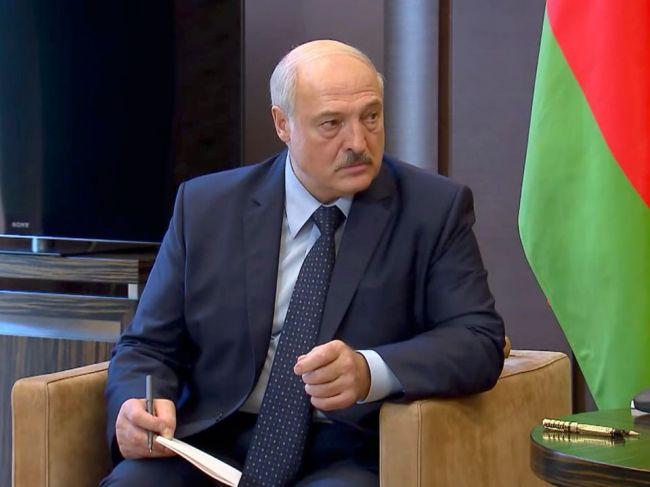Cichanovská: Ak Lukašenko pokojne odstúpi, poskytneme mu bezpečnostné záruky