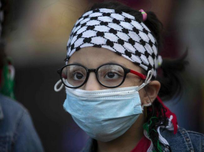 Izrael zaznamenal rekordných 5523 prípadov nákazy