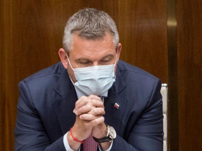 Pellegrini sa vzdá funkcie podpredsedu parlamentu