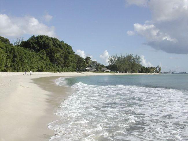 Barbados sa stane republikou, prestane uznávať britskú kráľovnú
